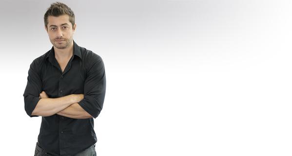 Guilherme Myr - Designer - Bio